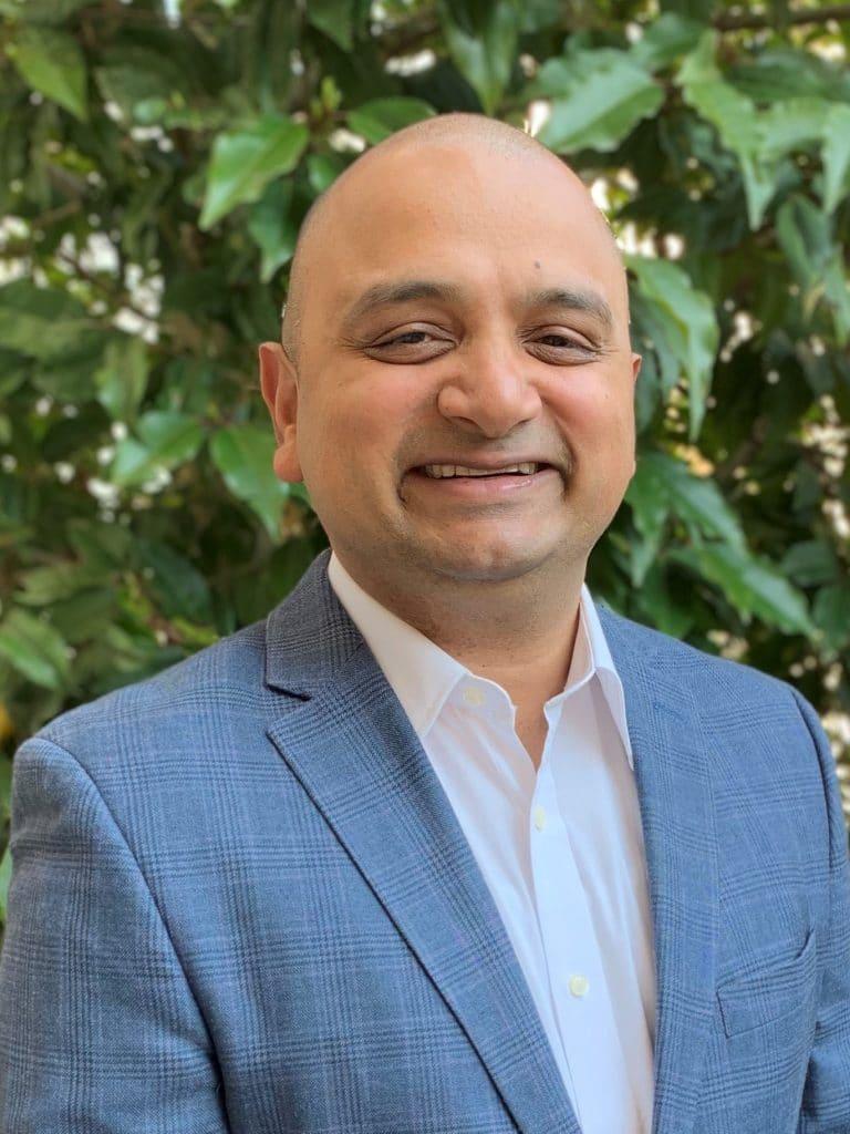 Vivek Bhogaraju Headshot Apr 19